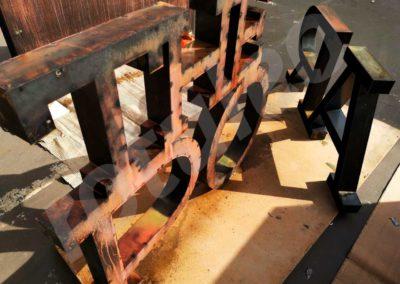 Rótulo de acero corten 2